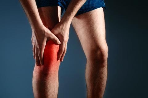 Atras rodilla de muscular desgarro la